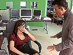 Beautiful brunette secretary Jennifer White is just another dirty babe who loves getting pounded by a big hard cock. Rubbing that shaved clit at the office, this cock craving girl can't wait to get a cock in her pussy. Watch her manage his boss' dick like a pro, deep throating it so good to get it wet and hard, ready for some brutal pussy pounding action! Get ready to witness how a sexy secretary takes control of his boss!