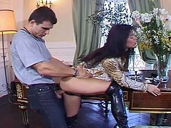Check out how this brunette babe in black leather long boots gets her pussy and asshole destroyed with a cock as hard as a rock.Lucky guy fucked her hard in almost every sex position.Don't miss it!