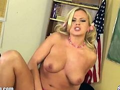Bree Olson is feeling alone at school and she wants to show you her perfect body. She opens her legs wide and rubs herself for a deep orgasm!
