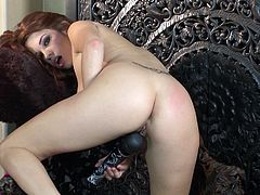 Sweetheart loves feeling her vibrator stimulating that cunt and making her moan