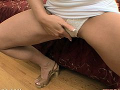 After fingering her pussy, Cathy Heaven was ready to start sucking cock as this is a blowjob POV video.