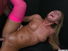 Slutty blonde milf Carter Cruise is having fun with a horny stud. She sucks and rubs his dick devotedly and then they fuck doggy style and in cowgirl position.