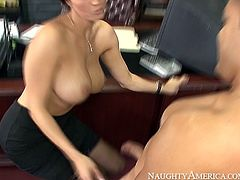 Dylan Ryder gets her tasty wet pussy licked properly by Pike Nelson