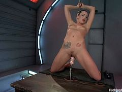 This desirable and smoking hot babe Bailey Blue loves it big! She gets on that bench and pushes the stat button on that double ended fucking machine!