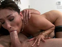 Small tits asian receives intense pleasure by having her pussy nailed in hardcore