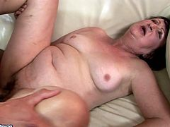 Short haired mature fasto gives a solid blowjob to a fresh strong cock