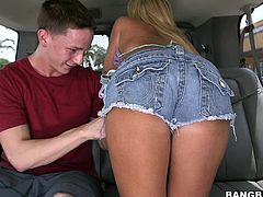 Here we have a babe, looking for some fun in the backseat of the truck. This lucky dude is picked up and all it took, to make him wanna fuck her, was to show her boobs and pussy. The blonde removed her sexy short jeans, gaped her snatch and then, sucked his cock. Will he fuck her pin wet pussy and cum in her?