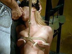 Kinky pale blondie presented in 21 Sextury xxx clip goes nuts about bondage. So spoiled man ties her up with ropes and pins nipples with clothes pegs. Then lewd booty and blindfolded gal kneels down to give a deepthroat for sperm.