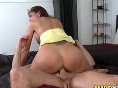 Sexy Lustful MILF with Big Tits Syren Demer Getting Laid