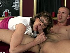 Kinky short haired housewife with pale tits goes wild. She lures her next door man for sex, gets her wet mature pussy licked and repays with a solid blowjob for gooey sperm.