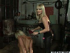 21 Sextury xxx clip provides you with two voracious blondies. They've got some leg cuffs and ropes to practice hot bondage session right in the dark dirty place. Booty and busty lesbians are surely those, who'll make you jizz tonight.