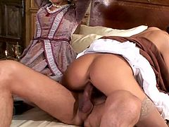 Glamorous sex with two beauties