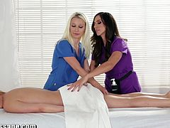 Ariella Ferrara, Mia Leilani and Stevie Shae have a really hot trio in the massage room. The new masseuse must learn all the steps part of an excellent massage for women, which also involves pussy eating.