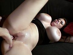Super busty milf Daphne Rosen is enjoying it in her beaver