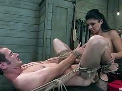 The total female domination is going on in this wild BDSM action! Nomad loved the taste of her pussy mixed with the painful feelings she gives to him.