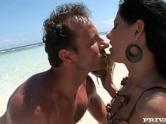Beach sex with a smoking hot babe Veronica! She gets so high about that huge cock and it makes her stun out loud! Nice fucking on the beach!