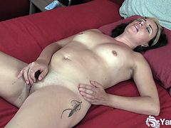 Watch the video of  gorgeous Natalya pleasing her trimmed pussy at Yanks.She spreads her legs and fingers her horny pussy nicely while also touching her tight butt hole.