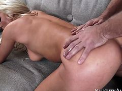 Giant jiggly booty of Cameron Dee looks fucking spectacular. She rides her mare on top and gets her holes eaten and fucked in doggy pose.
