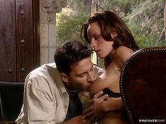 Sexy brown-haired girl Wanda Curtis sits down on her man's face and lets him lick her pussy lips. Then the man drills Wanda's vag and tight butt doggy style and cums on her face afterwards.