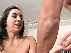 Stephani Moretti is in heat in handjob action