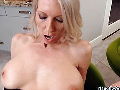 Tim Cannon loves always wet warm love hole of Emma Starr with gigantic breasts and smooth pussy