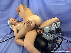 Arousing Lesbian Action with Fucking Machine Sex for Blondes