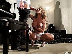 Capri Cavanni with juicy tits and Johnny Sins have a lot of fun in this hardcore sex action