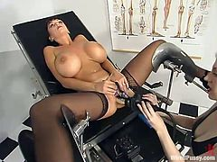 Slutty brown-haired chick Summer Cummings strips and shows her huge boobs to her dominant GF. Then she allows the mistress stuff her holes with wired toys and undergoes a few current rushes to get a great orgasm.