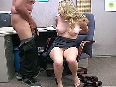 Busty Aiden Starr strips her clothes off in the office. Then she gets her toes licked by a colleague. Later on the guy cums on her armpits.