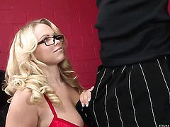 Sean Michaels cant wait any longer to insert his tool in fascinating Britney Youngs muff