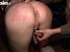 Mistress Cruella knows everything, about making a sex slave happy. She enjoys punishing her slaves and induce a lot of pain. Here she is taking good care of her guy, not only that she tortures his cock, but Cruella destroys his self esteem, making the guy crawl with obedience