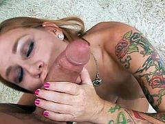 Beautiful Scarlett Pain sucks a tasty dick in amazing and sexy POV oral porn