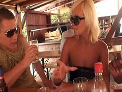 2 hot sweethearts having funtime nearby the bANana xxx video.grAnny haveing porn around dudes videos.
