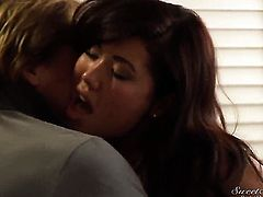 London Keyes shows off her sexy body while getting her mouth fucked by Evan Stone