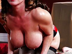 Johnny Sins stretches charming Kianna Dior's mouth with his thick pole to the point of no return