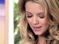 Ashlynn Brooke gives a closeup of her love hole as she masturbates