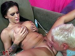 Brunette babe with nice boobs toys herself and gets her vagina licked. Then she gives hot blowjob to Porno Dan.