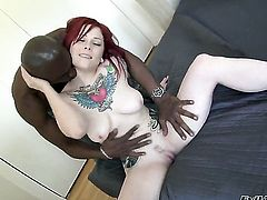 Sean Michaels fucks Misti Dawn as hard as possible in anal sex action after dick sucking