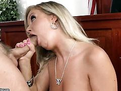 Blonde Sunny Diamond knows no limits when it comes to blowing her fuck buddys sausage