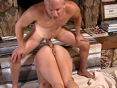 Man, this smoking hot blond milf is so fucking insane! What she does with that thick muscle is something special! Nice scene to watch!