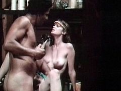 Eagely babe loves feeling her cramped cunt getting hard pounded in retro hardcore