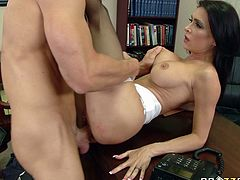 Here is the high-quality porn clip that is presented by Brazzer Network. The idea of the scene is about slutty worker fucking her boss in the office.