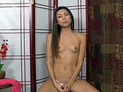 Small tits Serena Torres likes to pose and play naughty solo on cam