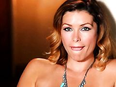 Heather Vandeven goes solo on cam
