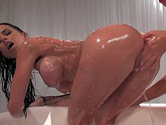 Black haired skillful hottie Brandy Aniston with slim sexy body and natural tits makes out with her girlfriend in bath tub and makes her cum in mind blowing fantasy.