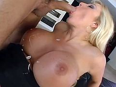 Impreesive blonde mom goes nasty having a huge dick fucking her tight vag