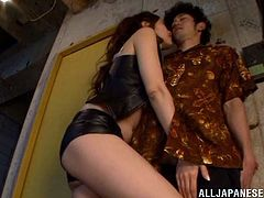 This very sexy Asian girl is called Asami Ogawa and she's pleasing a dude's cock with her hands and mouth in this blowjob/handjob video.