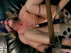 The blindfolded blonde Simone Sonay is dominated by Chanel Preston who not only tortures her, but also fist fucks and toys her ass.