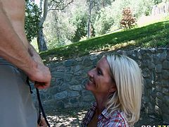Horny MILF prepares tasty lemonade to handsome worker. She seduces him for sex outdoor. Young stud su