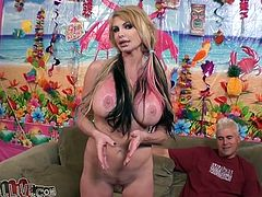 Smoking hot blond siren Taylor Wayne gets to prove that a huge cock is way better than a vibrator. She sucks it and rides it with passion!
